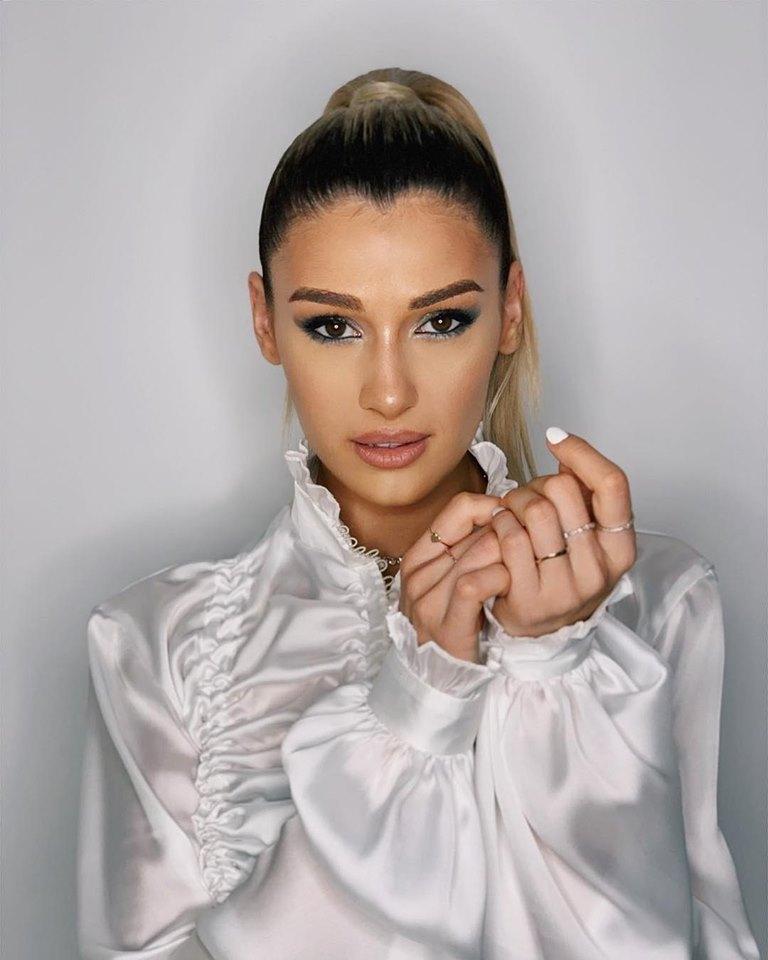 Alina Eremia inspired make-up look || Imbracati sau goi  |Alina Eremia